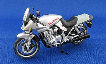 F-toys GSX1100Sカタナ(銀)の写真