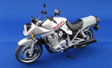 F-toys GSX750Sカタナの写真