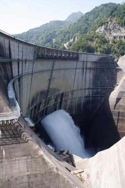 黒部ダムの写真