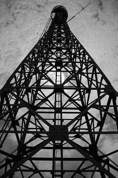 禄剛崎の電波塔の写真