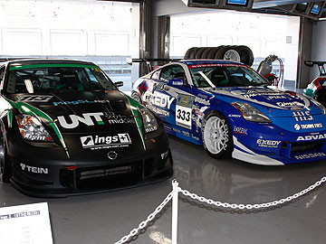 UNT Racing☆ings ZとエクセディH.I.S. イングスZの写真