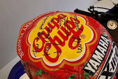 ロレンゾのヘルメットの写真