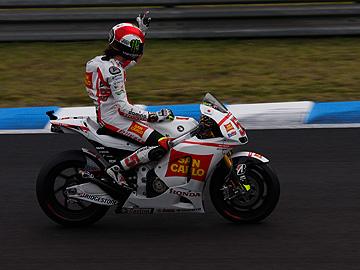 '11 日本GPでのシモンチェリの写真