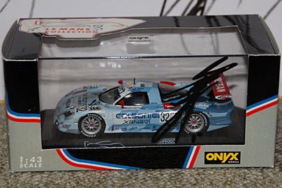 オニキス製'98 R390 GT1 #32の写真