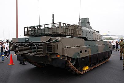 10式戦車の写真3